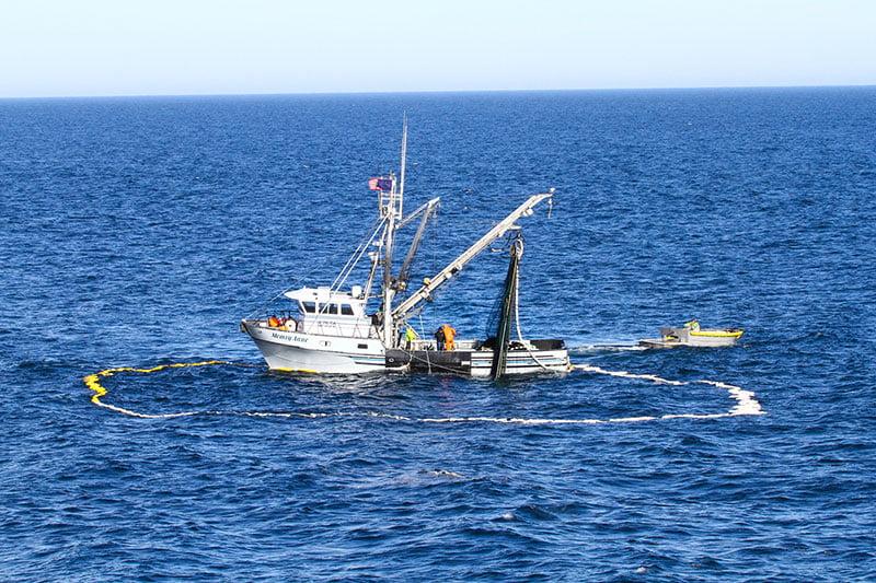 Barco de pesca de cerco com xareta, Alaska