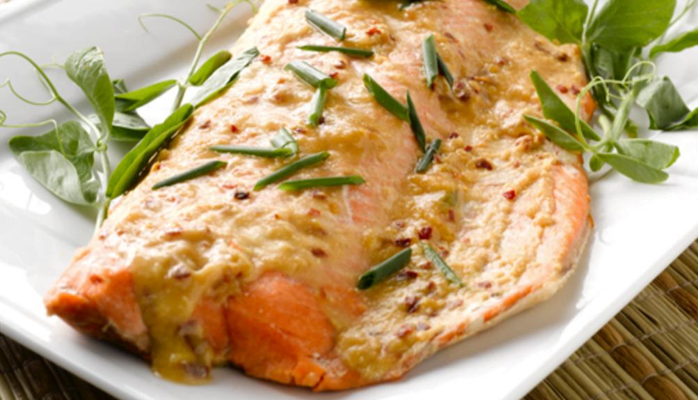 Cozinhar peixe congelado na grelha